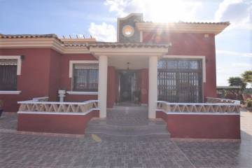 Villa / House - Sale - Alicante - Algorfa