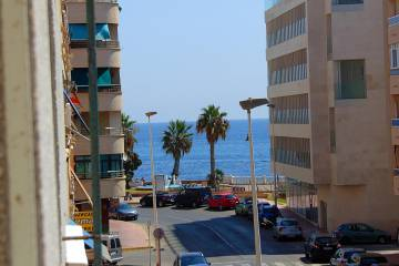 APPARTEMENT - Vente - Torrevieja - Playa del Cura