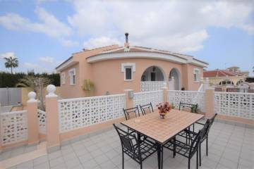 a VILLA / HOUSE - Sale - Alicante - Ciudad Quesada