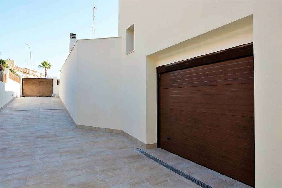 New Build - a VILLA / HOUSE - Torrevieja - Torreblanca